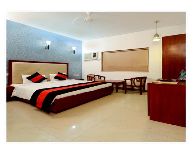 Oga  Deviram Palace Hotel