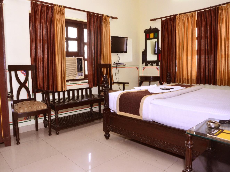 Oga Vaishnavi hotel
