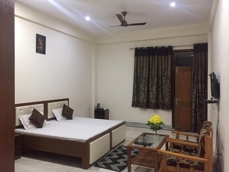 Oga Shri Ram Guest House