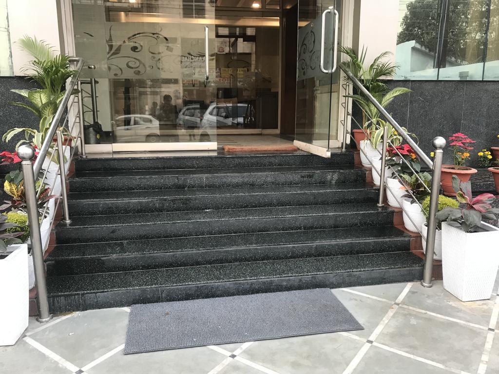 https://www.ogabnb.com/images/hotels/eo1t8con9w3trnubdz6z.jpg