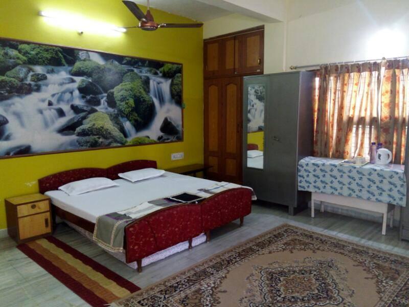 Oga Gokul Home Stay Indore