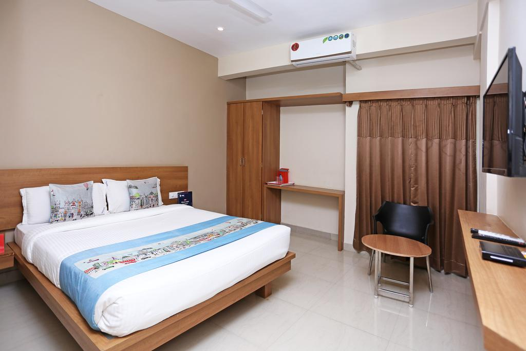 Oga Samasth Rooms & Suites