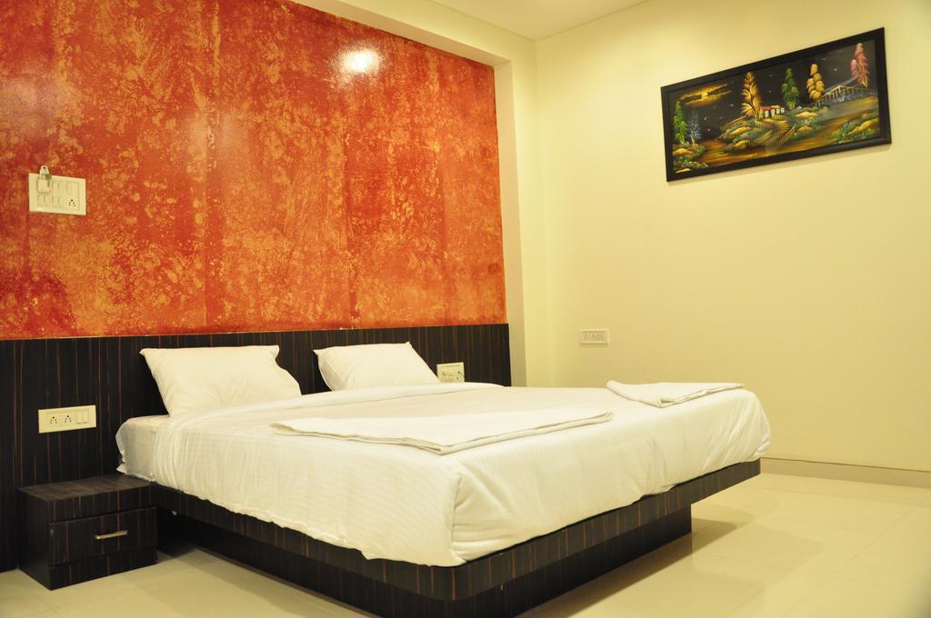 https://www.ogabnb.com/images/hotels/n456s2202ea4oor170he.jpg